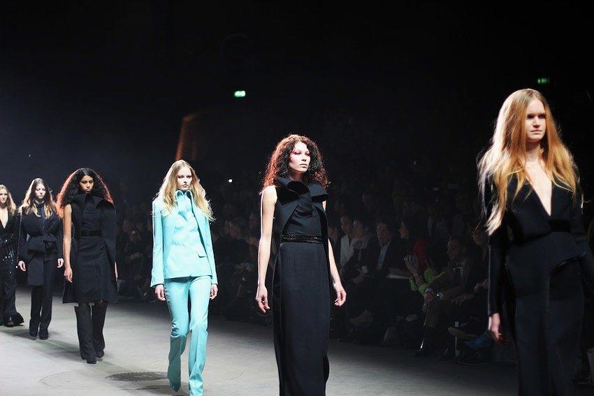 afw-fashion-show-frontstage-claes-iversen-catwalk-designer