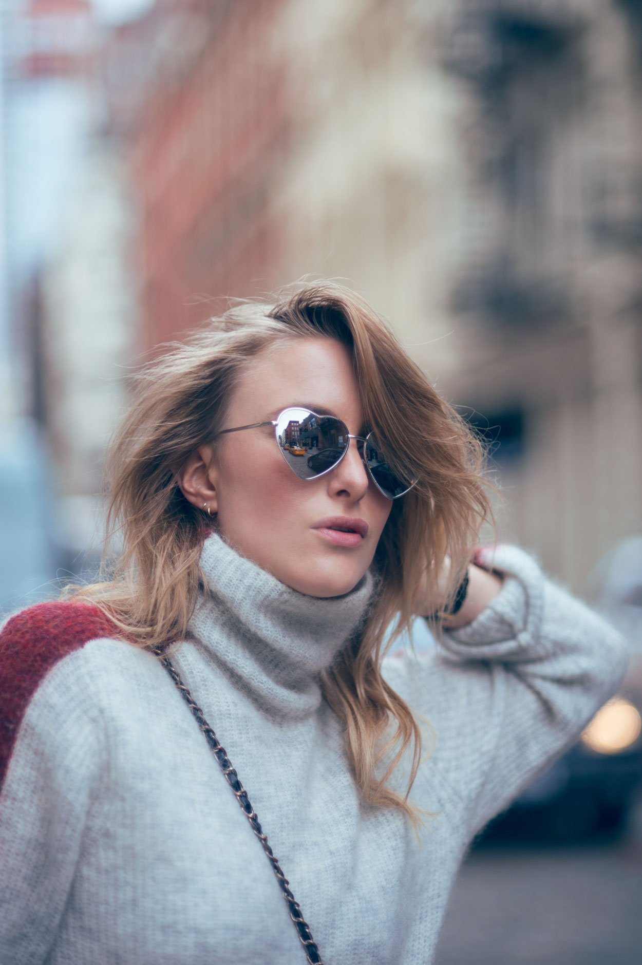 heart shaped sunglasses fashion blogger