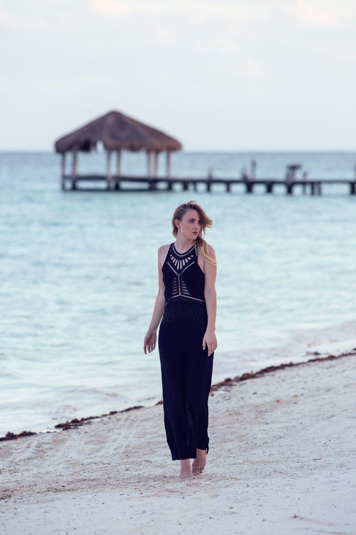 black maxi dress blogger