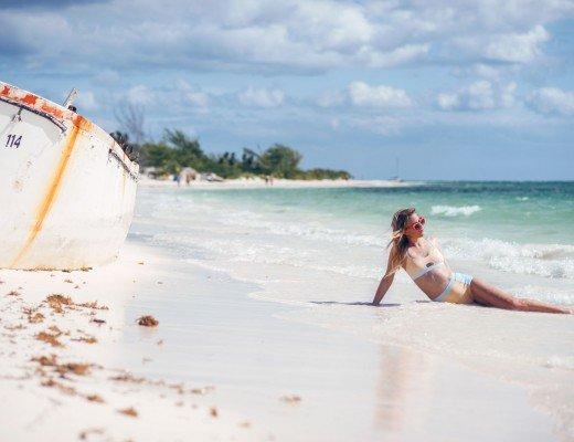 bikini-fashion-blogger-4